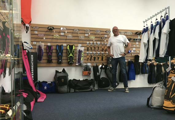 midge in the shop